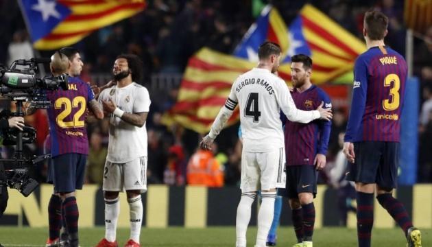 Первое Эль Класико сезона могут перенести из Барселоны в Мадрид