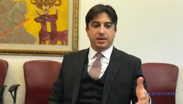 Embajador de Turquía: La política sobre Crimea no ha cambiado