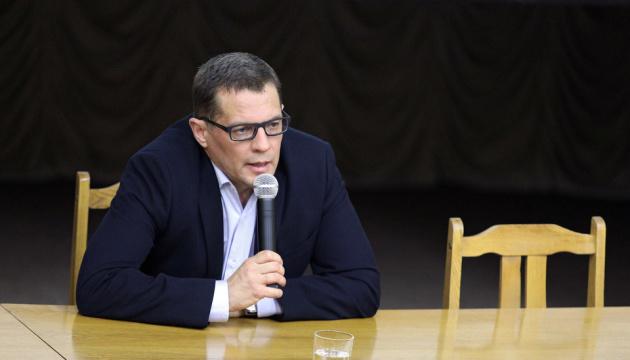 Богдану не помешает стажировка за рубежом — Сущенко о