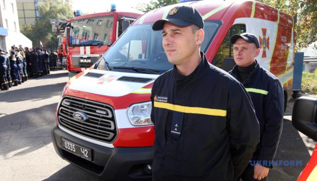 Пожарные команды ОТГ двух областей получили спецснаряжение из Польши