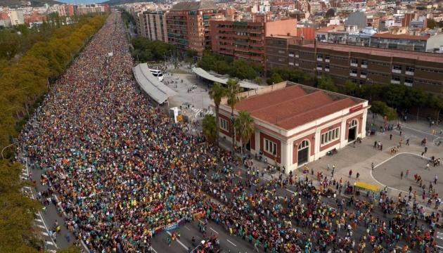 Протестующие заблокировали подъезды к Барселоне