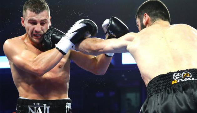 Гвоздик проиграл Бетербиеву и потерял титул WBC