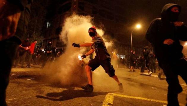 Во время массовых протестов в Каталонии пострадали 89 человек