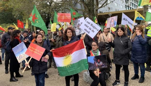 В Амстердамі сотні курдів мітингують проти вторгнення Туреччини в Сирію
