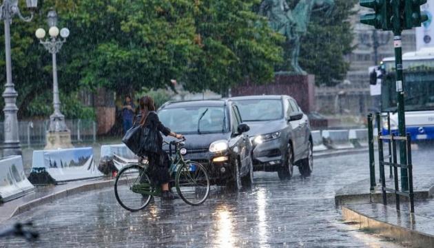 Сильні шторми затопили велику частину Мілану
