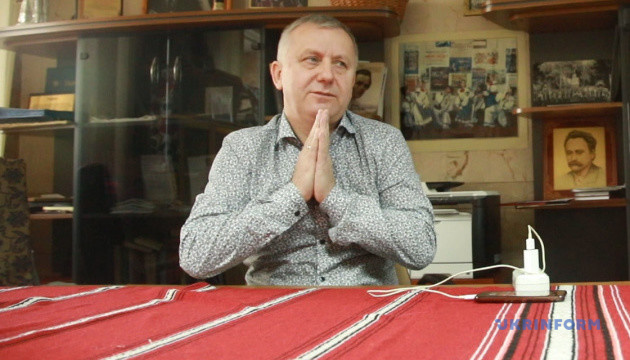 """Керівник хору Верьовки про виступ у """"95 кварталі"""": Мені незручно, ми просто повелися"""