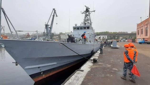 До військового причалу в Одесі пришвартувались патрульні катери Island
