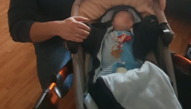 Викрадене під Києвом немовля знайшли