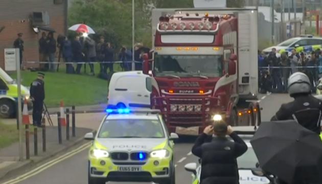 Вантажівка з 39 трупами: поліція встановила власника
