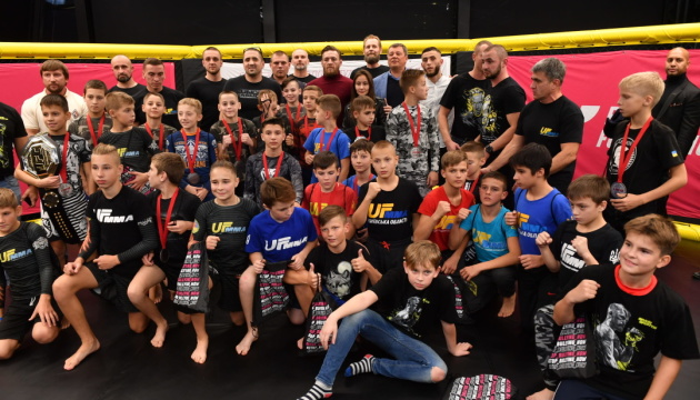 McGregor attends kids' MMA competition in Kyiv