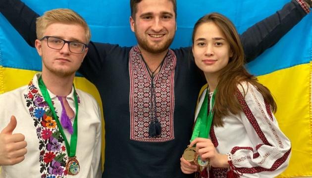 Українські школярі вибороли дві медалі на міжнародному конкурсі наукових проєктів у Бразилії