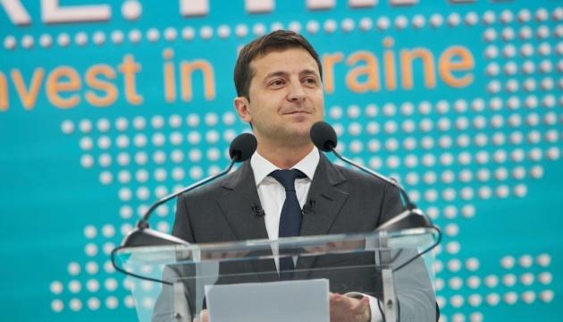 ゼレンシキー大統領、クリミア問題を扱う米宇露3国フォーマットの設置案に言及