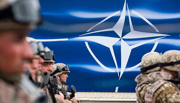 Белый дом считает приоритетом саммита НАТО обсуждение угроз со стороны России