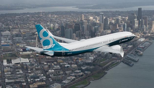 Глава Boeing у Сенаті США визнав дефекти літаків, які потрапили в аварії