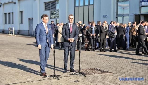 Jens Stoltenberg : L'OTAN est fière de soutenir l'Ukraine