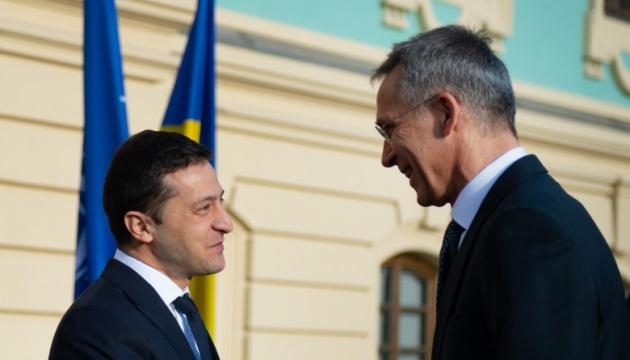 Украина хочет углубления сотрудничества с НАТО - Зеленский