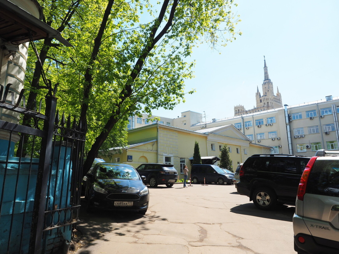 московский дом-музей В.И.Даля на Пресне, вход с Большой Грузинской