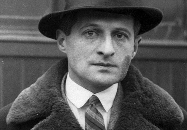 Польський поет Юліан Тувім