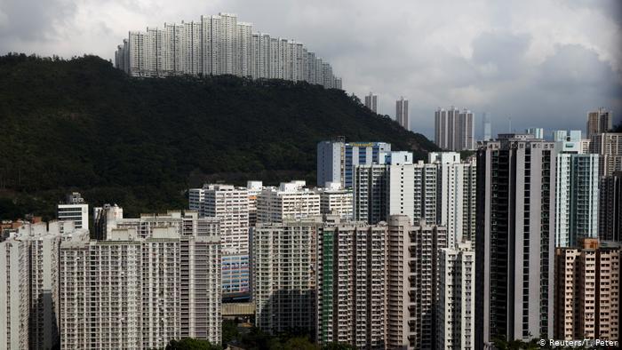 У Гонконзі проблема з перенаселеністю та високою вартістю житла