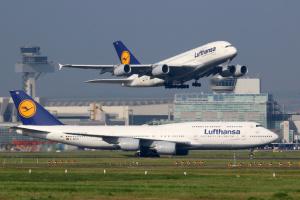 Lufthansa скорочує більше рейсів та робочих місць, ніж передбачалося
