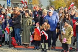 Святкувати День незалежності у Варшаві вийшли тисячі поляків