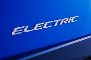 Lexus уже в этом месяце представит первый электрокар