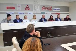 Бубка вручив нагороди НОК України кращим спортсменам серпня і жовтня