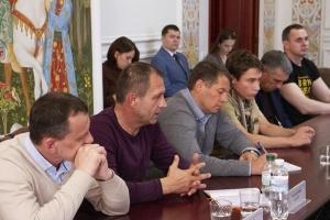 Пристайко поблагодарил экс-узников за помощь в освобождении других заложников Кремля
