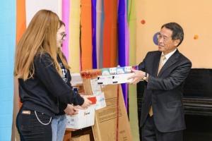 Посол Японії передав обладнання молодіжним проєктам у Слов'янську