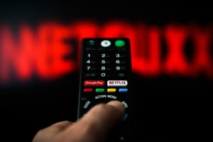 В Раде хотят, чтобы Netflix и Dicovery переходили на украинский