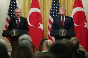 """Як Трамп переніс """"червоні лінії"""" і змінив риторику щодо Туреччини"""
