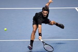 Федерер обыграл Джоковича и вышел в полуфинал Итогового турнира ATP