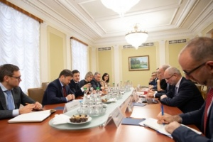 Zelensky, G7 Ambassadors discuss corruption and reforms