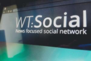 Соучредитель Википедии создал новую соцсеть