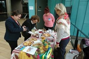 Млинці для Ради Європи: українці збирають кошти на допомогу дітям