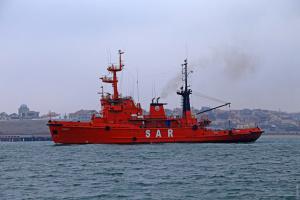Захваченные Россией катера еще не вышли из Керчи - эксперт