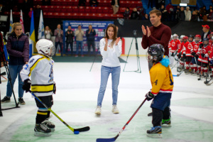 Свято хокею в Одесі: емоції, шайби і подарунки