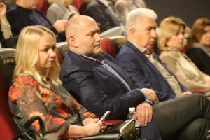 """У Києві презентували фільм про систему інтернатів в Україні """"Що таке любов?!"""""""