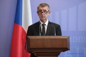 Премьер Чехии исправил свои слова о взрывах на складах