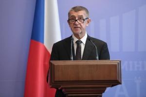 Чешский премьер посоветовал своему заместителю не ехать в Москву