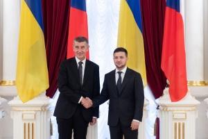 Volodymyr Zelensky s'est entretenu avec le chef du gouvernement tchèque