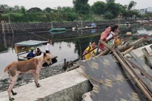На півночі Філіппін евакуюють тисячі людей - наближається тайфун