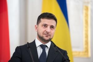 Zelensky: Deberíamos solucionar exclusivamente por vía diplomática el problema de la guerra en el Donbás