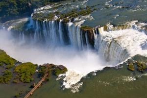 Украина и Аргентина расширили безвиз - 180 дней вместо 90