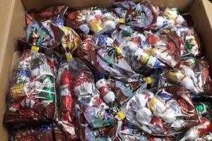 """""""Миколайчики"""" з Португалії надіслали 125 солодких наборів дітям-сиротам в Луганській області"""