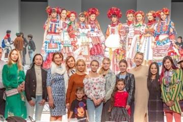Un défilé de mode ukrainienne organisée à Tokyo