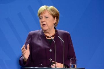 Angela Merkel reist zu Gesprächen nach Moskau dann nach Kyjiw