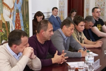 Prystaiko meets with former political prisoners of Kremlin