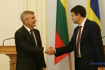 Pranckietis lädt Rasumkow nach Litauen ein