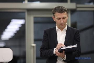Верховний суд переніс на 4 червня розгляд позову Труби до Зеленського